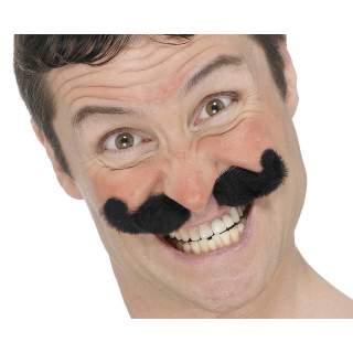 Moustache noire cirque